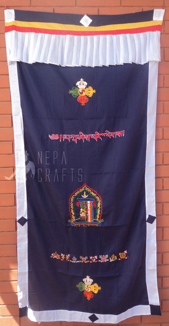 http://www.garudaexpress.com/NepaCrafts/images/Tibetian%20Door%20Curtain%20200311/DCK14.jpg